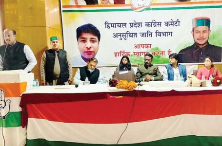 धर्म और जाति में समाज को बांटने का पूरा प्रयास भाजपा कर रही- प्रमोद कुमार