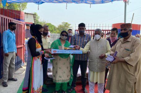 ऊर्जा मंत्री ने गोरखुवाला पंचायत में 40 परिवार को वितरण किए गैस सिलेंडर